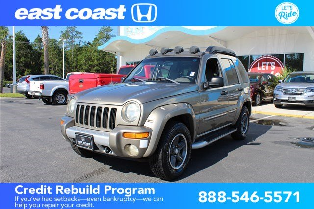 Pre Owned 2003 Jeep Liberty Renegade 4WD