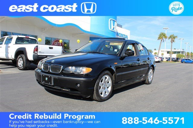 Pre-Owned 2003 BMW 3 Series 325i w/Sunroof